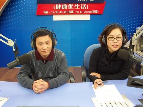 市中医院儿科主任凌万里讲述宝宝感冒咳嗽的护理(2014-12-15)
