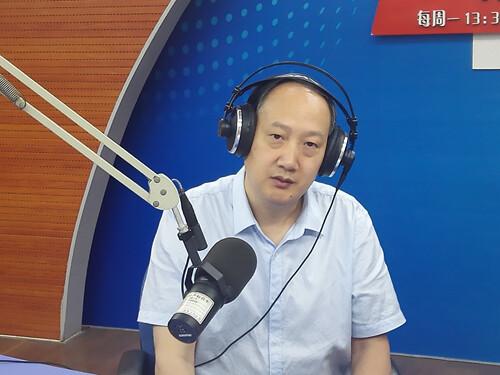 市一院眼科主任张作仁讲述如何预防青少年近视(2017-06-06)