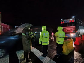 雪夜返岗,只为早日复工!常熟首批企业包车返岗人员顺利抵达